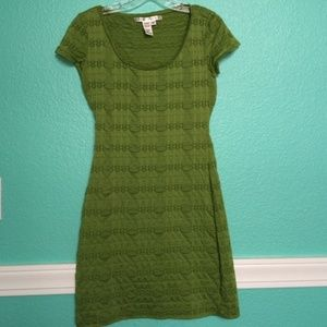 Max Studio Fitted Clover Puckered Dress XS